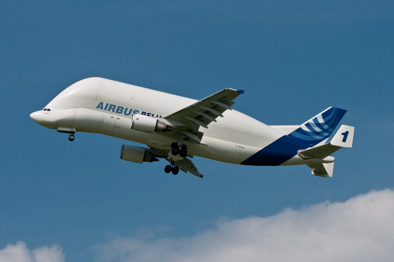 飛行機は安全な乗り物か〜世界の安全航空会社ランキング2015