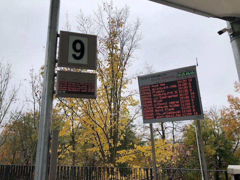 チェスキークルムロフ,リンツ,バス,シャトル