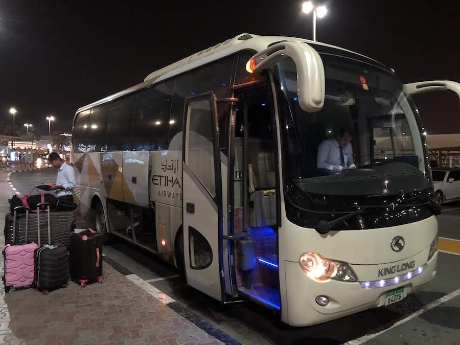 エティハド-ドバイ-バス